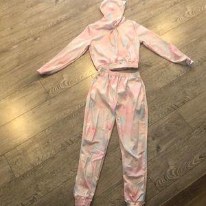 Tracksuit tie dye